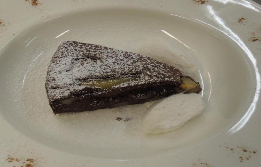 torta cioccolato e pere Mescolin880x565