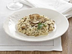 risotto-con-funghi-porcini-trifolati-preparazione-725x545